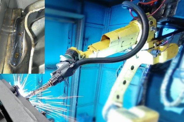 MIG welding robots